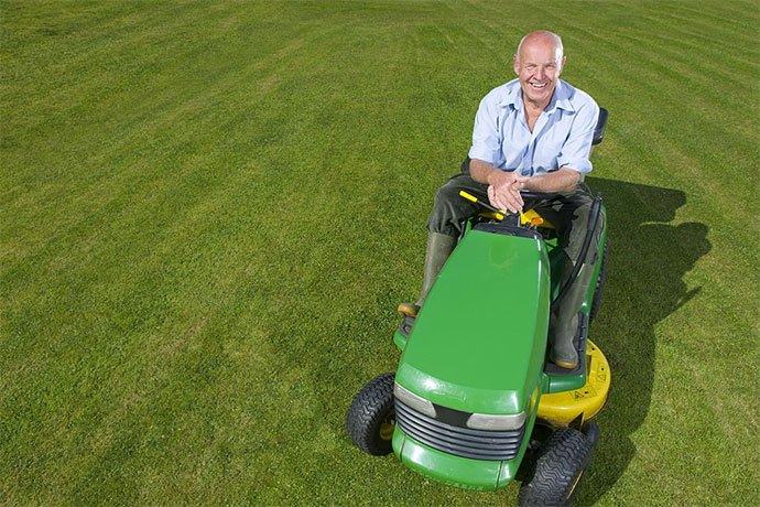 best riding lawn mower for hills and rough terrain